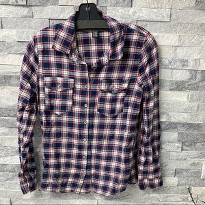 Rue21 flannel size M